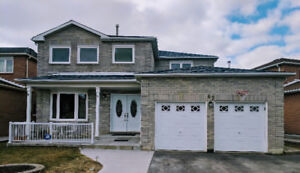 4 + 2 BEDROOM DETACHED IN BRAMPTON (NEAR SHERIDAN COLLEGE)