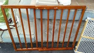 Baby / Safety Gate - Safety 1st Brand