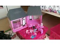 Designer boutique toy cafe and store set