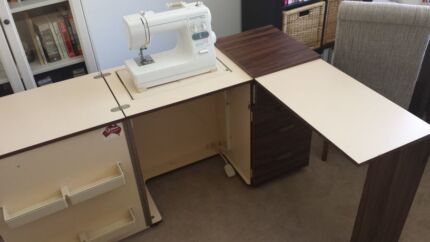 Horn Sewing Cabinet & Free Sewing Machine Taringa Brisbane South West Preview