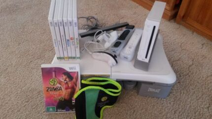 WII Fit Plus Bundle with 7 games Chermside Brisbane North East Preview
