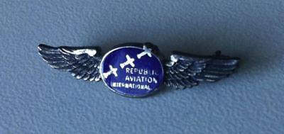 REPUBLIC AVIATION INTERNATIONAL - Luftfahrt Abzeichen/badge 1940er Jahre [15647]