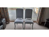 2 Chairs £20