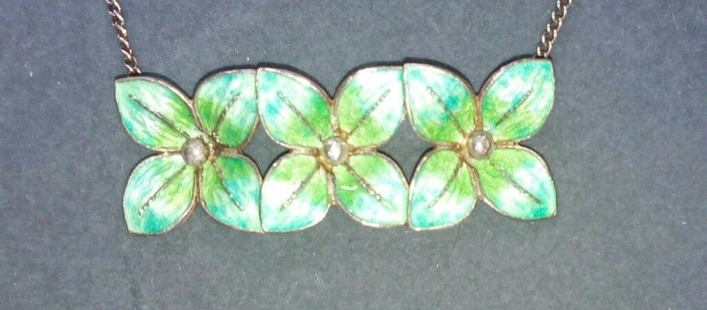 Vintage green enamel & Silver choker