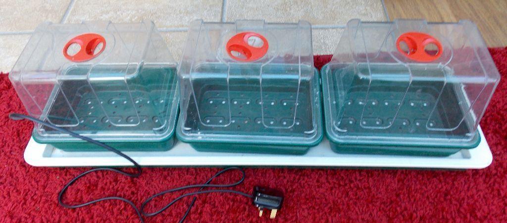 Great Garland Electric Heated Windowsill Propagator 3 Trays