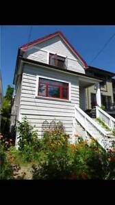 Room in 3BR Character Home Commercial Dr (Charles and Victoria)