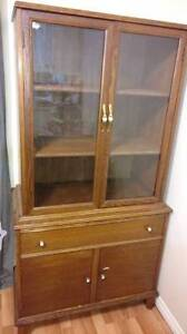 Antique Cabinet / Book/China Cabinet