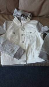 New Ladies Small White Short Jackets (3)