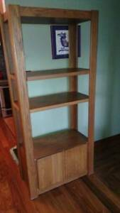 Shelving unit - solid oak, great condition