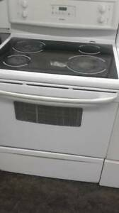 "Kenmore 30"" Glass Top Stove (Black & White)"