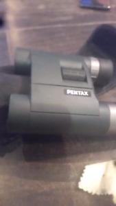 Pentax 62882 AD 10x25 WP Binoculars