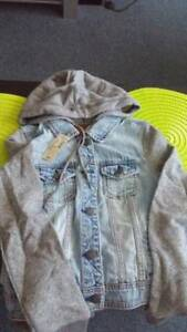 NEW Ladies SIZE SMALL Demin, Gray Sleeves Short Jackets (2)