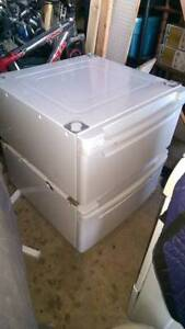 I have a set of 2 WASHER DRYER GE LG AND OTHER MODELS FIT.pedest