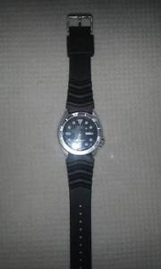Seiko Automatic Black Dial Black Rubber 200m Diver's Watch