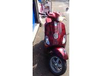Vespa s 125 red - LTD - 12 months mot