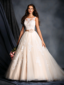 7fcde01dab5f Used Wedding Dresses for Sale - Gumtree