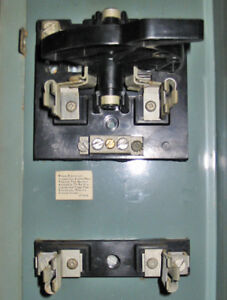 TAYLOR ELECTRIC 100 AMP FUSED DISCONNECT SWITCH BLOCK ~ RARE!