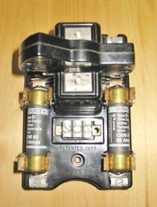 AEC 60 AMP, 240 VAC DISCONNECT SWITCH FUSE BLOCK ~ RARE!