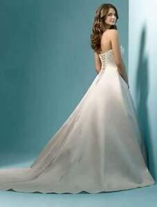 wedding dress St. John's Newfoundland image 3
