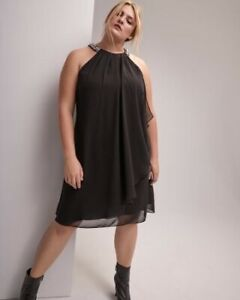 Robe noire acheté chez Addition Elle grandeur 18 ans, Repentigny