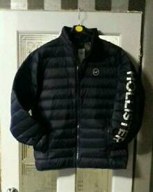 HOLLISTER PUFFER JACKET