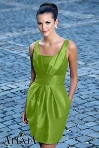 Alexia Designs Formal Dress Women's Size 4 Green with Pockets