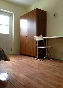 1½ grand meuble et tout compris pour le 1er juin- Plateau