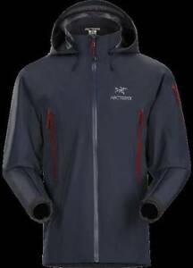 ARCTERYX THETA AR JACKET MEN'S MEDIUM