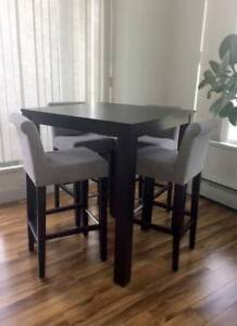 Bar Height Table & 5 Matching Chairs