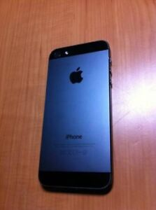 Black iphone 5s 32gb BELL