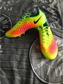 Men's Magista Opus II FG Football Boots, Yellow