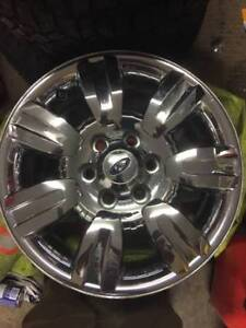 """18"""" Ford Chrome Rims with sensors"""