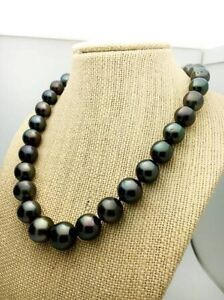 BEAUTIFUL BLACK TAHITIAN PEARL NECKLACE Downtown-West End Greater Vancouver Area image 4