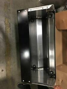 Kenworth W-900 L Tool Box W/Single Step Stainless 430 Cover