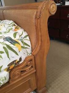 FRENCH SLEIGH BED - KING SIZE