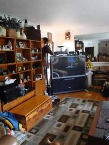 $625 Now/Dec. 1st- looking to barter rent for part time wrk