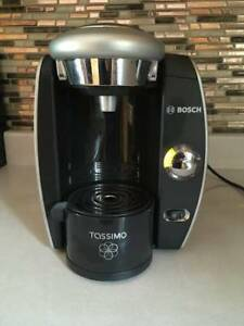 Bosch Tassimo Home Brewing System Coffee/Cappachino Maker