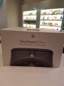 ORIGINAL GOOGLE DAYDREAM VIEW VR HEADSET NEW SEALED BOX