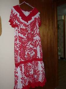 HAWAIIAN DRESS....SIZE 2 XL-3 XL