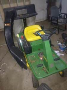John Deere gx85 riding mower