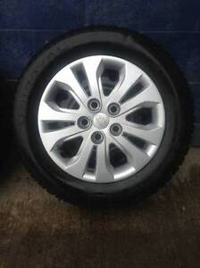 OEM 5 Bolt Kia Forte Steel Rims and Wheel Covers Hubcaps