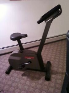 FITNESS-EKG ProForm 940S Exercise Bike (Working Fine)