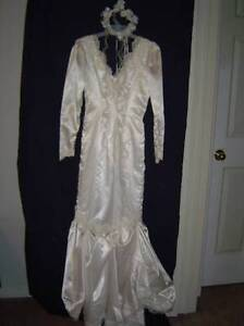 Wedding Dress XS-S, Cake Topper & 2 Picture Frames 70 for all