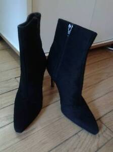 Designer Brand GINA Leather Boots, Size 5, Made in London