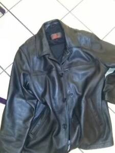 Danier Leather Jacket size Large Men's
