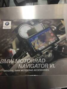 BMW MOTORADD NAVIGATOR/GPS VI WITH MOUNT NEW.
