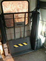 Mint Ricon S2000,Wheelchair/Scooter Universal Power Lift f Van