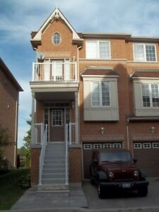 3 + 1 Bedroom Townhouse for Rent