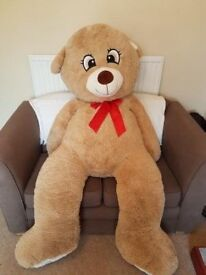 Teddy Bear - Giant size. 6ft