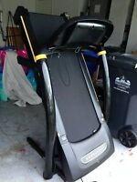 LIVESTRONG LS8.0T Treadmill - New Condition! $500 OBO